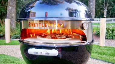 Kettlepizza Charcoal Grill Pizza Oven Kit for Weber Review: Why Is It a Special Oven?