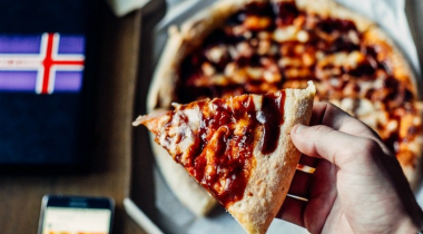 How to Reheat Pizza In Oven with Ease